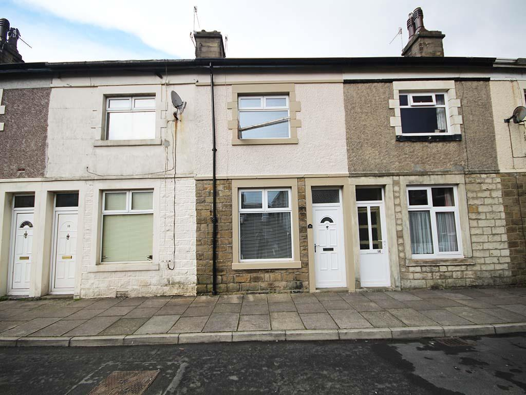 2 bedroom mid terrace house To Let in Barnoldswick - Property photograph
